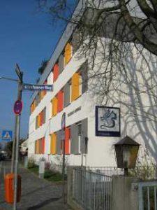 Außenansicht Grundschule Laufamholz